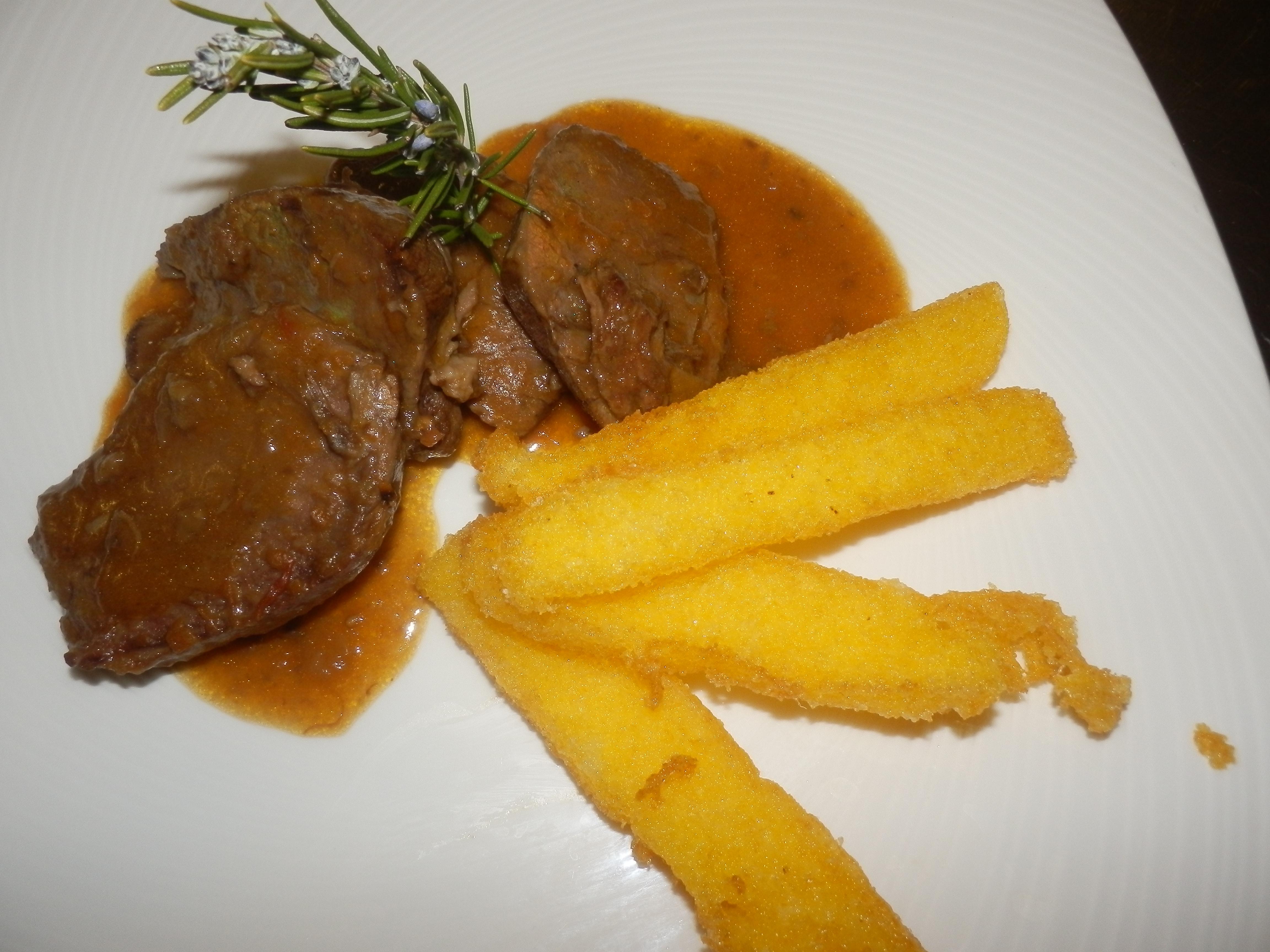 SECONDI PIATTI (tutti serviti con l'accompagnamento di verdure miste e patate al forno)